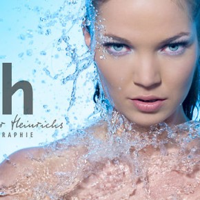 Efektowne wykorzystanie wody z światłem i modelką przez Alexander Heinrichs