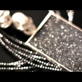 Sesja wizerunkowa biżuterii Horsecka Jewelry kolekcja 2012, fotografuje Łukasz Pęcak