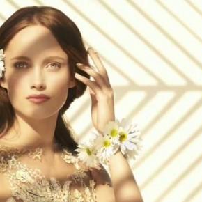 "Zwiastun wydania wiosna 2010 ""Art of Fashion"" Neiman Marcus"