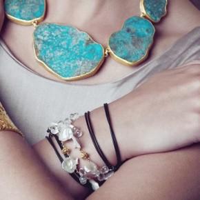 Biżuteria Niny Nguyen na zdjęciach Joanny Kustry